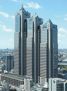 【新宿パークタワー】株式会社日本防犯設備の東京防犯センターがございます。