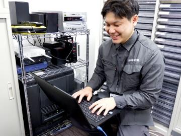 インターネット回線を介した遠隔監視による防犯カメラの視聴を行う上で必要な専門的なネットワークの設定につきましても、日本防犯設備では豊富な知識・技術を持ったスタッフが全てご対応致します。