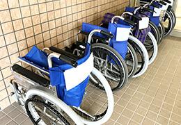 老人ホーム・介護施設・ケアステーションなど福祉施設への防犯カメラ・監視カメラ・セキュリティシステム設置イメージを見る。