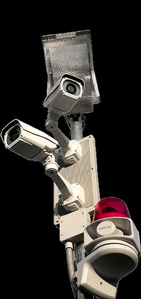 日本防犯設備のセキュリティシステムの特徴は被害に遭う前に追い払う、威嚇・撃退型のセキュリティシステムです。