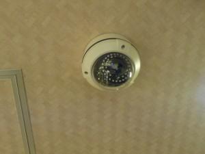 飲食店の厨房には防犯カメラが必要