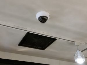 【福岡県】西鉄車両内に防犯カメラ設置