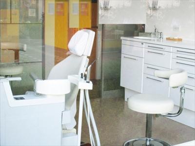 株式会社日本防犯設備 【歯科クリニック】音声付き防犯・監視カメラシステム