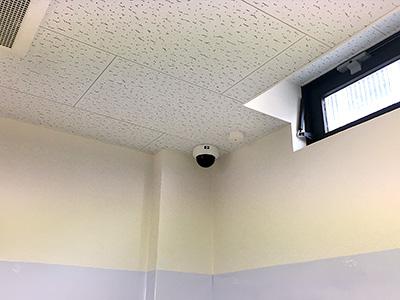【教育支援施設(学習塾)】200万画素赤外線防犯カメラ