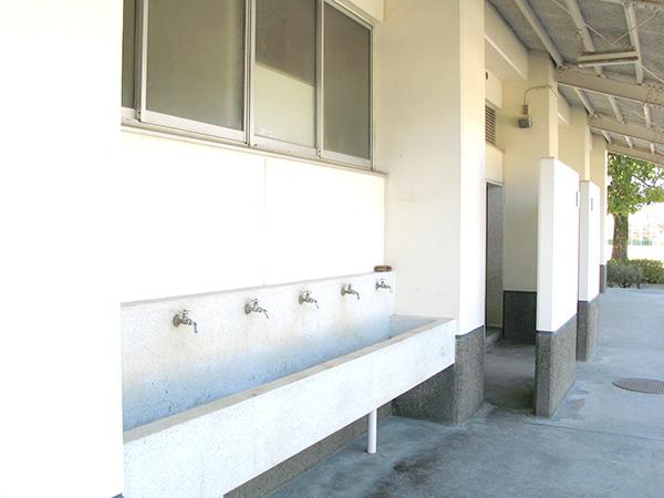 【高校】屋外出入監視AI対応赤外線カメラシステム