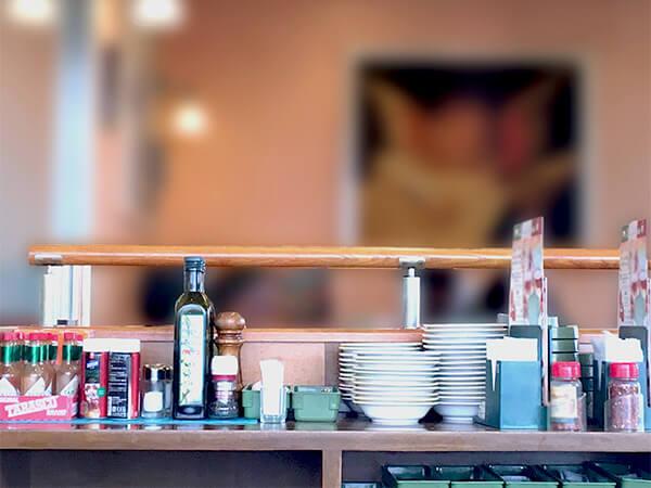 【東京都】有名ファミレスチェーン店長が別店舗へ侵入窃盗