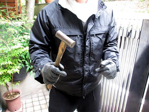 【群馬県】住人居る中、白昼堂々と窓を破って侵入窃盗