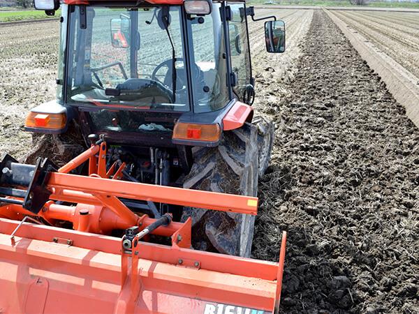 【新潟県】農業用トラクター盗難防止対策のポイントを紹介