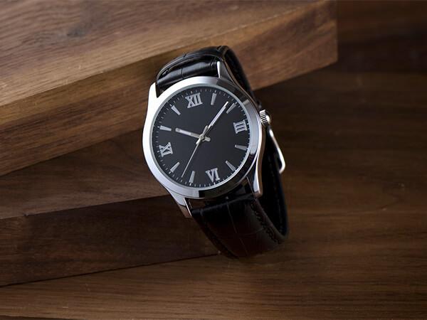 【東京都】被害総額1,000万円以上 高級腕時計盗まれる