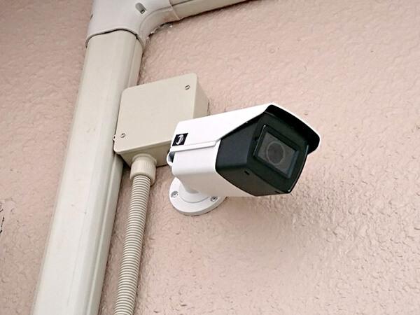 監視されている!?防犯カメラの近隣トラブルについて